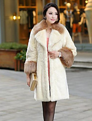 Women's Casual/Daily Simple Fur Coat,Solid Long Sleeve White Faux Fur