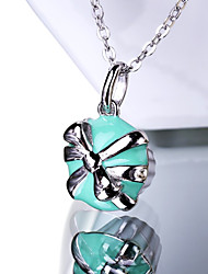 Women's Necklace  Cute Pendant Necklaces Jewelry Wedding / Party / Daily Fashion / Adorable Sterling Silver