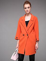Manteau Femme,Couleur Pleine Sortie / Décontracté / Quotidien simple Manches Longues Col en V Orange Polyester Moyen Automne / Hiver