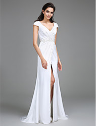 2017 Lanting Bride® Sheath / Column Wedding Dress Sweep / Brush Train V-neck Satin Chiffon with Side-Draped