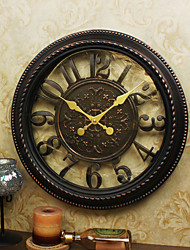 Retro Family Wall ClockRound Plastic 16 Indoor Clock