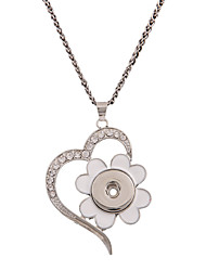 Rhinestone Pendant Necklaces Jewelry Wedding / Daily / Casual Flower Style / Heart / EuramericanAlloy /DIY Ginger Snap Button Chain Necklace