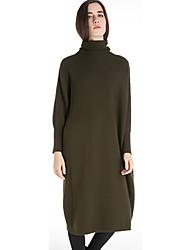 Feminino Reto / Tricô Vestido,Casual estilo antigo Sólido Gola Alta Altura dos Joelhos Manga Longa Bege / Verde Lã / Outros Inverno