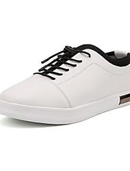 Femme-Bureau & Travail / Décontracté / Sport-Noir / Blanc-Talon Plat-Confort-Sneakers-Microfibre