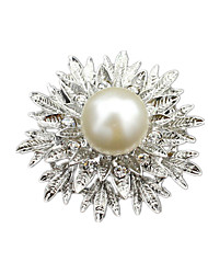 Women'S White Alloy Crystal Brooches 1pc