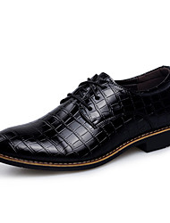 Men's Fashion Crocodile Pattern Leather Shoes Wedding Shoes Comfort Oxfords Low Heel Lace-up Black / Brown EU38-43