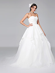 2017 Lanting Bride® A-line Wedding Dress - Classic & Timeless Open Back Court Train Sweetheart Taffeta / Tulle with Criss-Cross