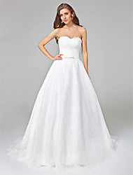 Lanting Bride® A-line Wedding Dress - Elegant & Luxurious Open Back Court Train Sweetheart Lace with Bow / Sash / Ribbon