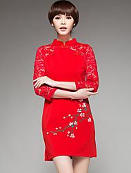 Signe de 2016 modèles de printemps prune peint à la main en dentelle à manches longues coutures améliorée cheongsam robe fendue