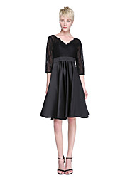 2017 Lanting Bride® Knee-length Lace Satin Little Black Dress Bridesmaid Dress - A-line V-neck with Sash / Ribbon Pleats