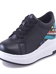 Feminino-Saltos-Plataforma Conforto Sapatos de Berço-Plataforma Creepers-Preto Branco-Couro Ecológico-Casual