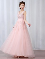 Prom / Formal Evening Dress A-line V-neck Floor-length Tulle withAppliques / Beading / Pearl Detailing / Sash / Ribbon / Side Draping /