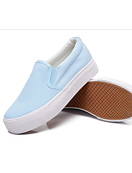 A generation of fat women canvas shoes hand-painted shoes white spring and summer with the help of a simple low flat pedal shoes wholesale