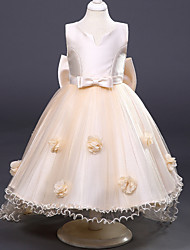 A-line Knee-length Flower Girl Dress - Polyester V-neck with Flower(s)