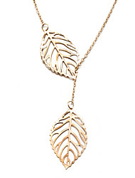 Xu Women's Fashion in Europe And The Hollow Out Leaf Necklace