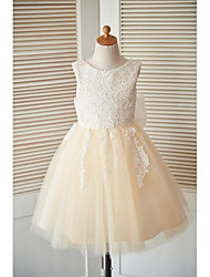 A-line Knee-length Flower Girl Dress - Lace Tulle Sleeveless Scoop with Bow(s) Buttons Lace