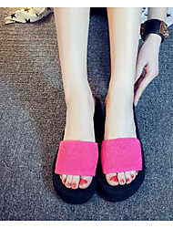Summer new large size Korean fashion heavy-bottomed slope with the word flat slippers slip female beach sandals and slippers