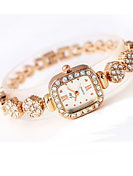 Women's Fashion Watch Simulated Diamond Watch Imitation Diamond Quartz Alloy Band Sparkle Cool Casual Rose Gold