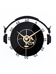 Modern Fashion Disk Mute Wall Clock