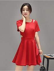 Для женщин На выход Оболочка Платье Однотонный,V-образный вырез Ассиметричное С короткими рукавами Полиэстер Весна ЛетоСо стандартной