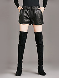 Sign European and American women's casual pants PU leather shorts elastic waist was thin fashion tide models wild leather pants