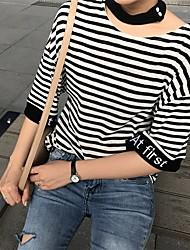 знак 2017 новых полосатой футболки полого письмо вышивка