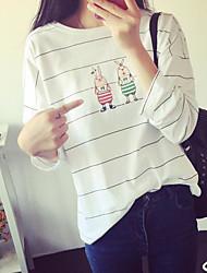 Spring 2017 new cartoon printed long-sleeved striped T-shirt bottoming shirt was thin loose blouse two rabbits