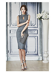 Vestido de forma magro do quadrado do pacote do slim do colar do laço do openwork do temperamento das mulheres coreanas novas 2017 do