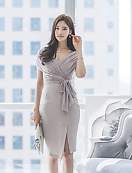 2016 new Korean ladies sexy V-neck halter waist lace waist dress step skirt