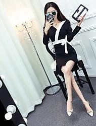 Signer la forme coréenne frappé couleur v-cou croix en dentelle queue de poisson habillement hanche bas de fond net