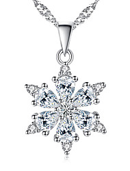 Women's Pendant Necklaces AAA Cubic Zirconia Snow Flower Cubic Zirconia Platinum Plated Flower Style Jewelry ForWedding Party Special Occasion