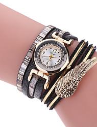 Женские Модные часы Часы-браслет Повседневные часы Кварцевый Имитация Алмазный Стразы крыло Материал ГруппаС подвесками Креатив Люкс