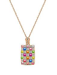 Femme Pendentif de collier Cristal Formé Carrée Cristal Alliage Original Logo Pendant Hypoallergique USA Sculpté Elegant Mode Bijoux Pour
