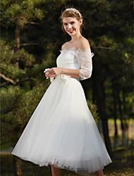 A-Linie Hochzeitskleid Schlichte Brautkleider Tee-Länge Schulterfrei Spitze mit Blume