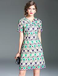 Для женщин Для вечеринок На выход Винтаж Уличный стиль Шинуазери (китайский стиль) Оболочка Платье Вышивка Цветы,V-образный вырезВыше