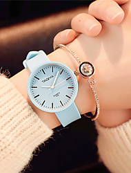 Damen Modeuhr Armbanduhr Chinesisch Quartz Silikon Band Süßigkeit Bequem Elegante Schwarz Weiß Grün Rosa Marinenblau