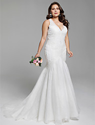 Mermaid / Trumpet Plunging Neckline Court Train Lace Wedding Dress with Appliques by LAN TING BRIDE®