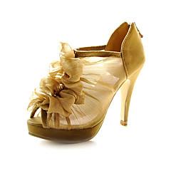 rendas stiletto calcanhar / plataforma superior com babados casamento sapatos mais cores disponíveis
