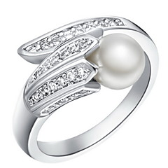 Ring Women's Imitation Pearl / Cubic Zirconia Silver Silver 6 / 7 / 8 / 9 SilverColor & Style representation may vary by monitor. Not