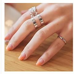 Ringe Damen Ohne Stein / Strass Legierung Legierung Einheitsgröße / Verstellbar SilberDie Farben der Stickereien sind wie im Bild