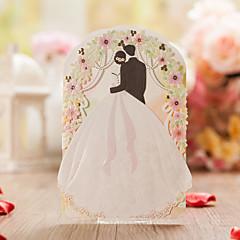 Přizpůsobeno složený třikrát Svatební Pozvánky Pozvánky-50 Kusů v sadě Květinový styl Umělecký papír Mašličky / Květiny