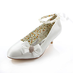 Women's Shoes Silk Spring / Summer / Fall Heels / Round Toe Wedding / Dress / Party & Evening Low Heel Crystal / Ribbon Tie Ivory