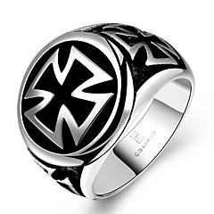 טבעות הצהרה פלדת על חלד Cross Shape תכשיטים עיצוב מיוחד אופנתי תכשיטים Christmas Gifts 1pc