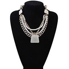 Stylish And Elegant Multi-Stone Pearl Necklace Trapezoid