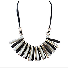 Simple Black And White Beach Style Necklace