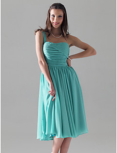 Lanting Bride® Knee-length Chiffon Bridesmaid Dress A-line / Princess One Shoulder Plus Size / Petite with Ruching / Pleats