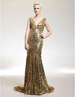 Formal Evening / Military Ball Dress - Elegant / Sparkle & Shine Plus Size / Petite Trumpet / Mermaid V-neck Sweep / Brush Train Sequined