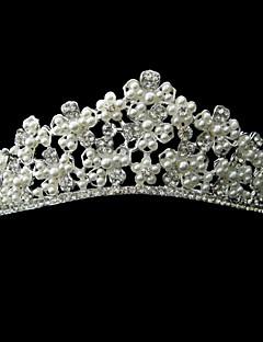 seoksen kanssa tekojalokivi ja Pearl Bloom morsiamen tiara