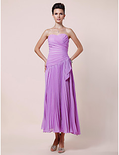 A-line Plus Size / Petite Mother of the Bride Dress Tea-length Sleeveless Chiffon with Side Draping / Criss Cross / Pleats