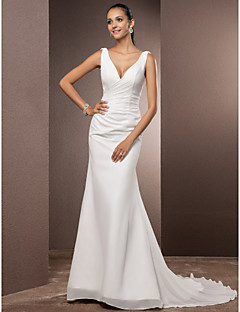 Lanting Bride® Trumpet / Mermaid Petite / Plus Sizes Wedding Dress - Classic & Timeless Open Back / Simply Sublime Court Train V-neck